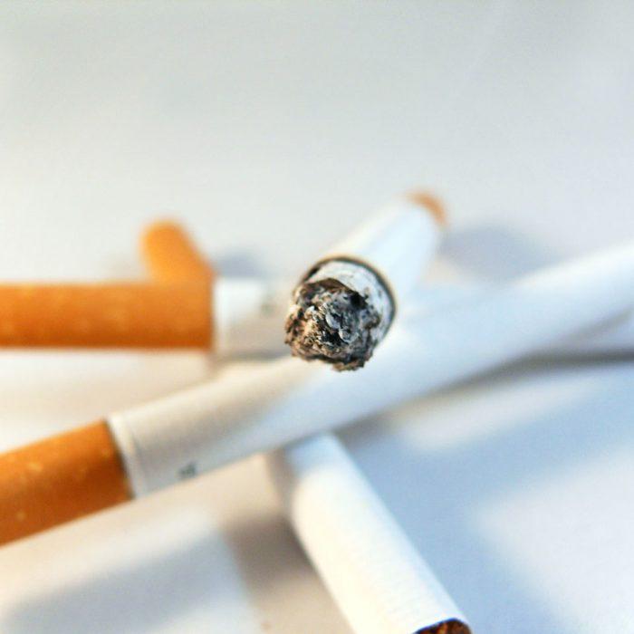 """Proponen la prohibición de fumar """"en los parques y plazas"""" de la provincia de Buenos Aires"""