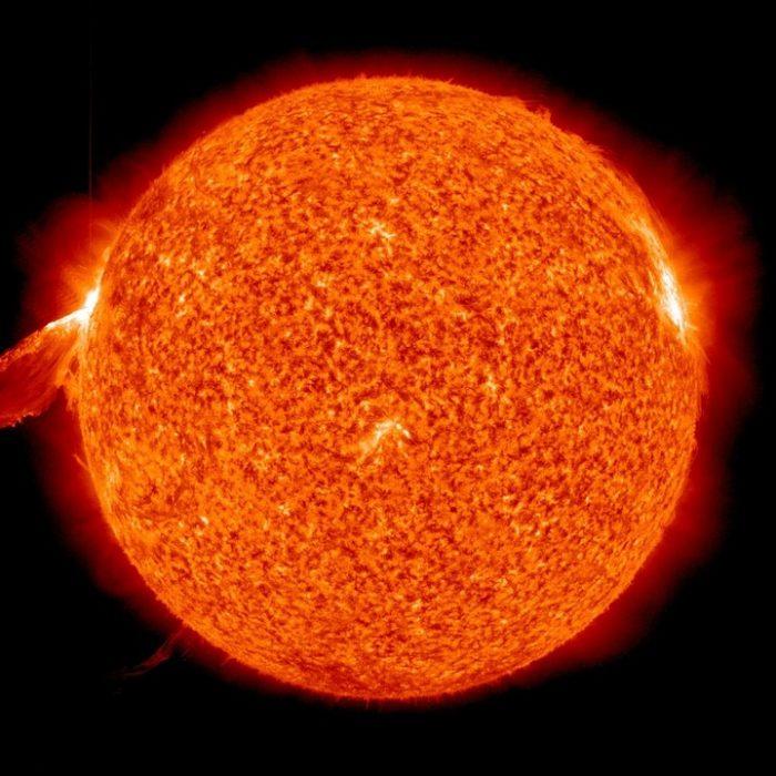 La NASA detecta la mayor llamarada solar de la década