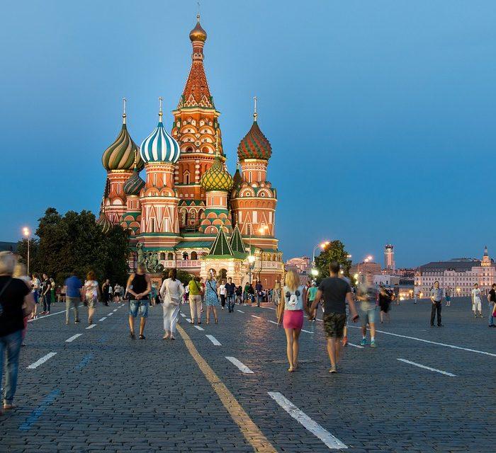 Rusia invirtió 1.000 millones de dólares en Facebook y 191 millones en Twitter
