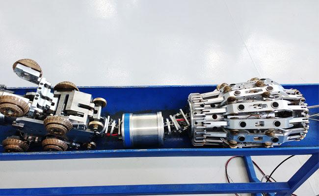 Un robot para controlar tuberías de combustibles en aeropuertos
