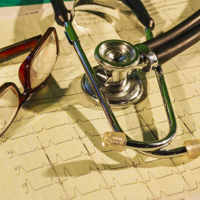 Especialistas advierten que pacientes deben conocer el uso de big data en medicina