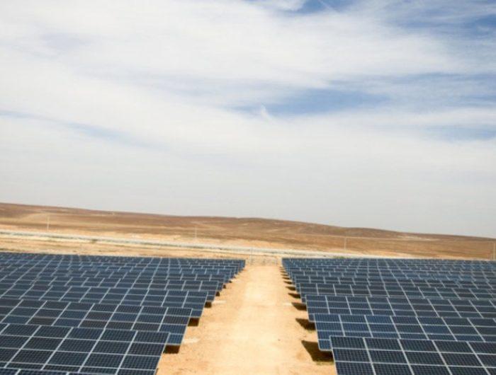 Financiar energía solar con criptomonedas