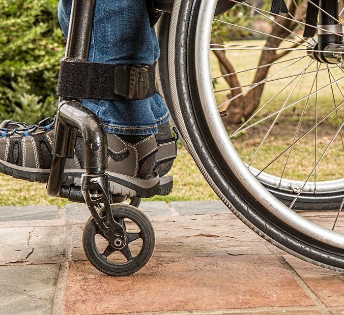 Parapléjicos tratados con estimulación eléctrica en Suiza recuperaron el control de sus músculos