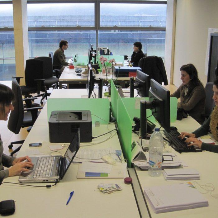 El ruido en el trabajo puede afectar el desempeño laboral y la audición