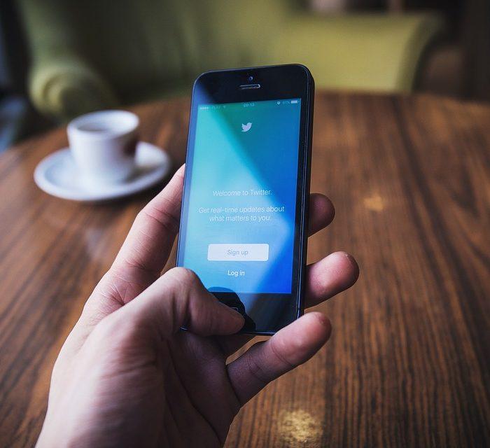 Problemas de columna por el uso abusivo de los dispositivos tecnológicos