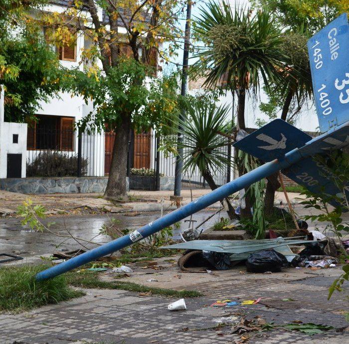 La Plata: Un libro explica por qué ocurrió y cómo evitar una inundación como la de abril de 2013