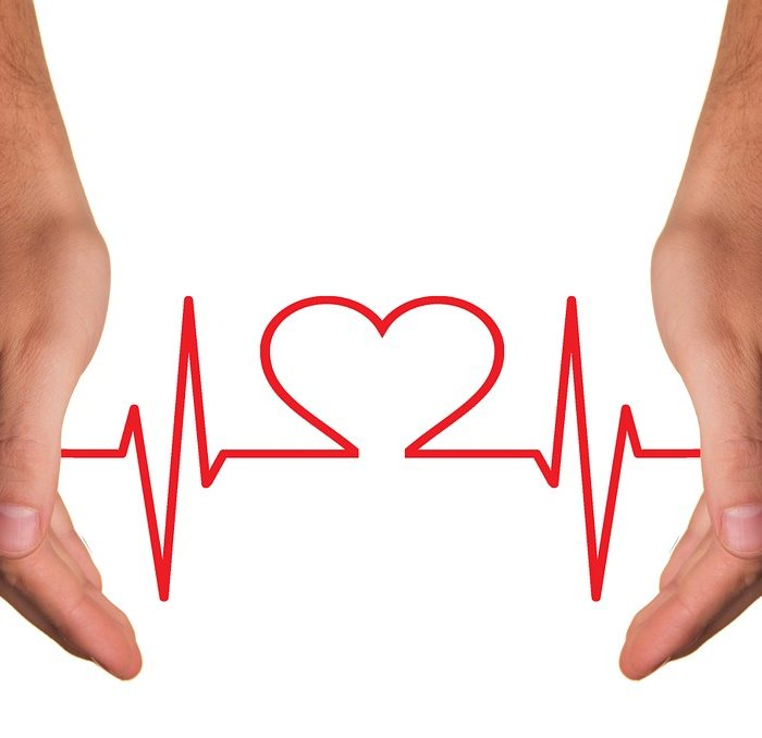 Cardiologos entrenan con simuladores