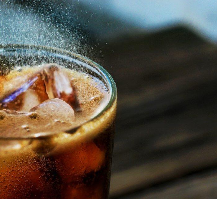 Las bebidas azucaradas y su relación con el cáncer