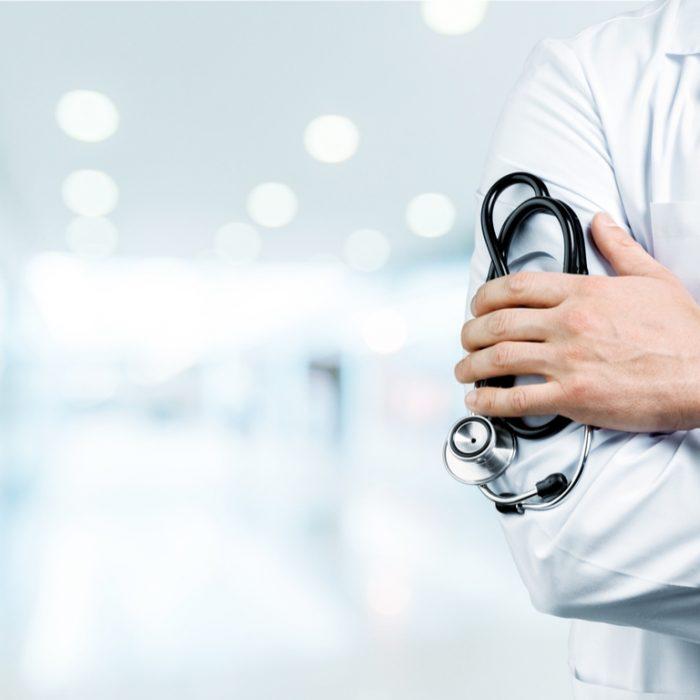 Google prohíbe la publicidad de tratamientos médicos sin base científica