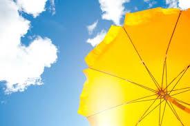 Protectores solares carísimos: ¿deben tener cobertura?