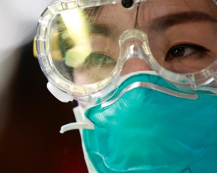 Un biólogo alemán probará medicamentos en animales para enfrentar el coronavirus