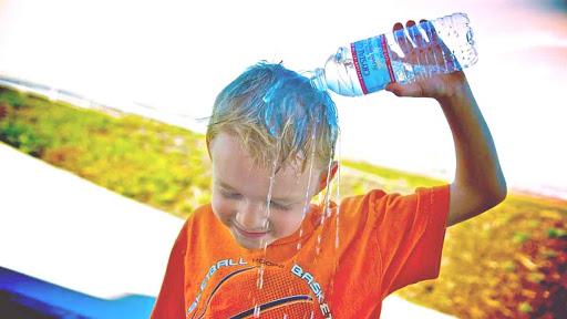 Lactantes y niños pequeños, los más vulnerables ante golpes de calor
