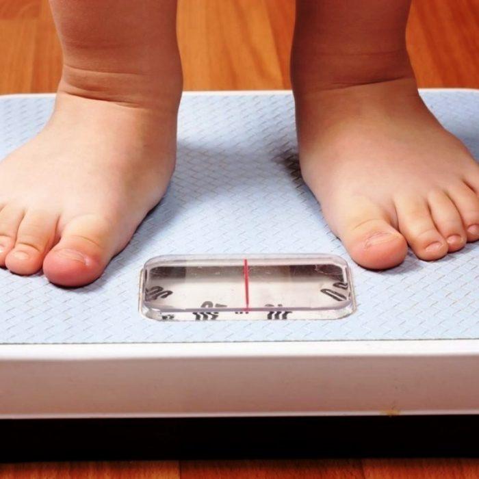 Investigadores descubren que niños con obesidad tienen desbalance de hormonas que generan saciedad
