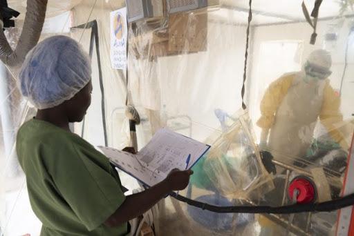 Cuatro países de la región de África autorizan una vacuna contra el Ebola