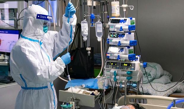 El 16,7% de los casos confirmados de COVID-19 son de personal de salud