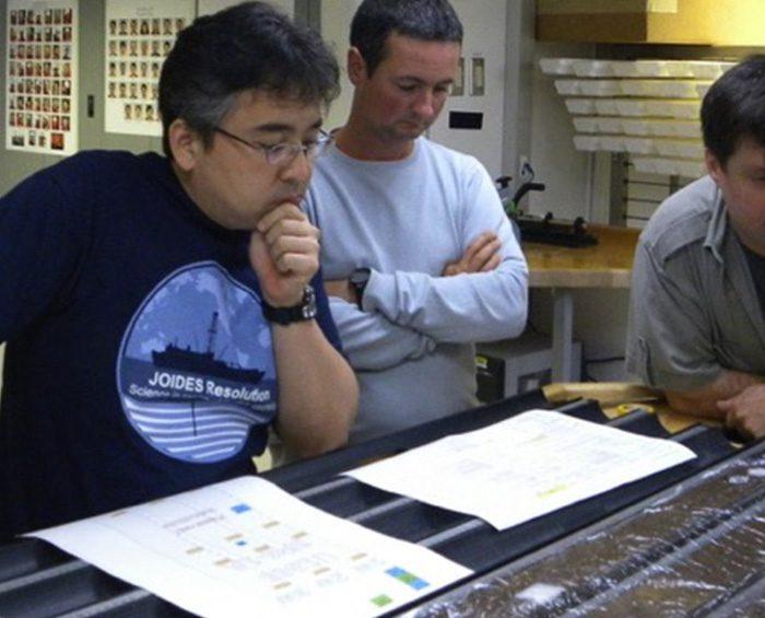 Microbios marinos de la era de los dinosaurios reviven en un laboratorio
