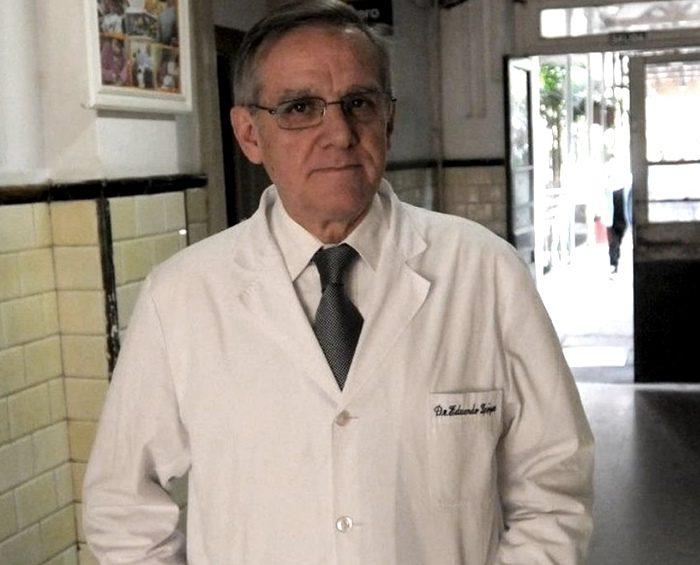 """López: """"Estamos en una meseta de aumento de casos, en un tránsito hacia el pico"""""""