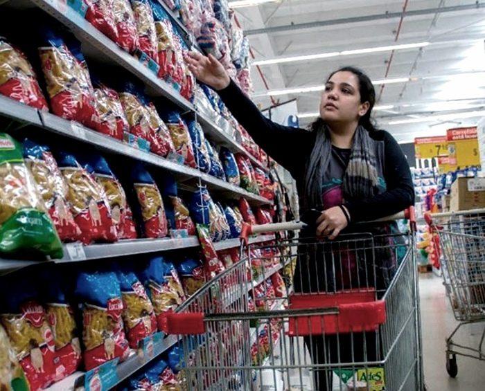 Organizaciones de todo el país reclaman modificar el etiquetado de alimentos en Argentina