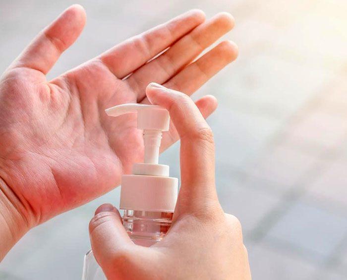 Un estudio japonés asegura que el coronavirus sobrevive en la piel cinco veces más que el de la gripe