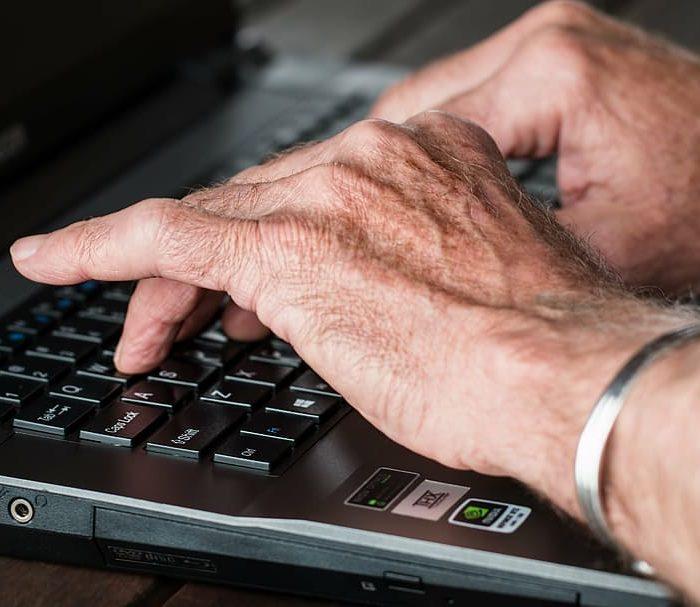 Médicos alertan que quienes padecen artritis reumatoidea abandonaron los controles por miedo al coronavirus