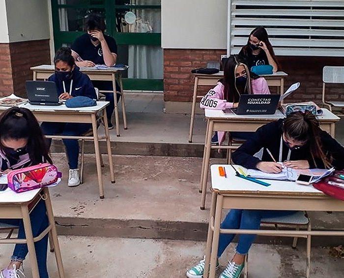 La Unesco reclama medidas urgentes frente a la emergencia educativa en la región