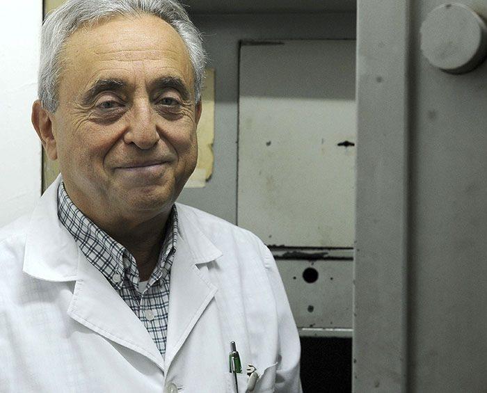 El infectólogo Pedro Cahn instó a seguir cuidándose hasta tener inmunidad de rebaño