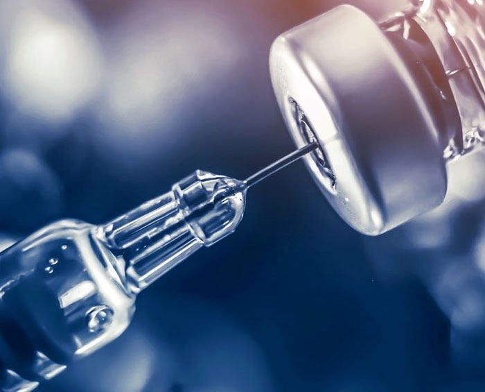 """La nueva cepa no pone en riesgo """"la efectividad de las vacunas"""""""