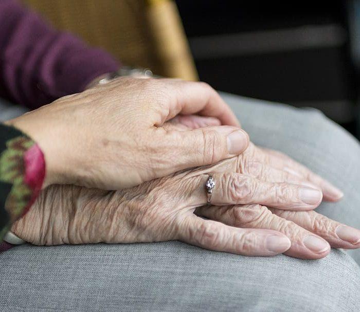 Medidas para mejorar el bienestar de las personas mayores de 60