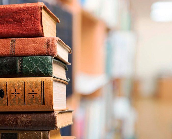 Relatos de padres: libros que serpentean entre el recuerdo, la ficción y el hallazgo inesperado