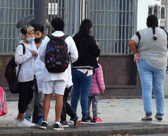 Más de la mitad de padres y madres considera que la pandemia no afectó la escolaridad de sus hijos