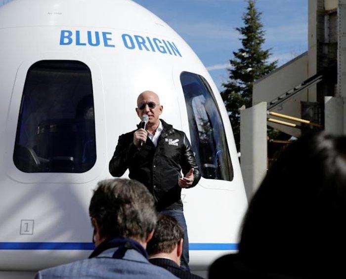 """Jeff Bezos y su hermano serán los primeros """"turistas"""" en el espacio"""