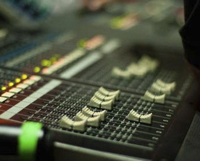 En la Argentina funcionan 161 radios escolares de las 300 que existen