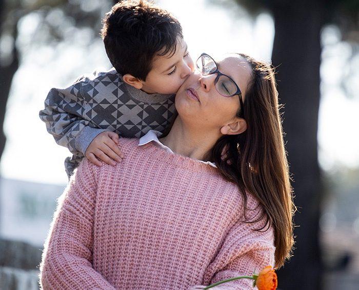 """Lactancia y alergias alimentarias: historias de mujeres que hacen la """"dieta del amor"""" para amamantar"""
