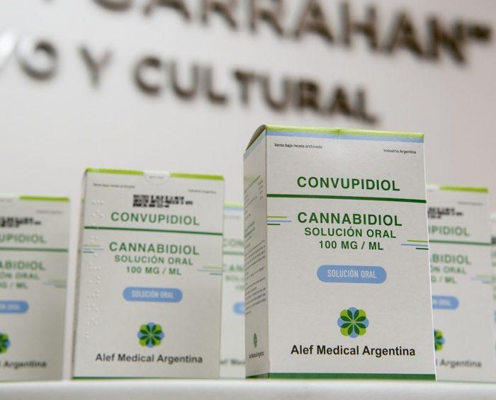 Primera entrega de cannabis medicinal a pacientes del Hospital Garrahan