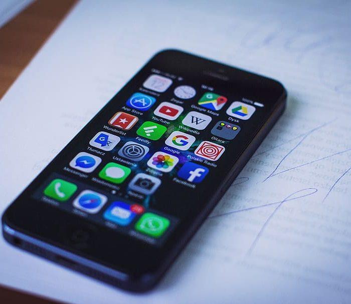 Seguridad en redes sociales: cómo reconocer usuarios falsos
